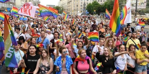 Varsavia, in 80.000 al Gay Pride