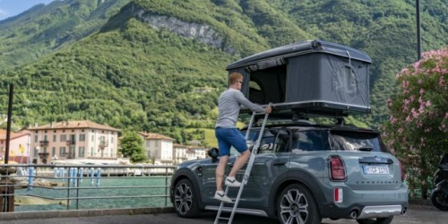 Esplorare il Nord Italia a bordo di MINI Cooper S Countryman ALL4 con tenda sul tetto